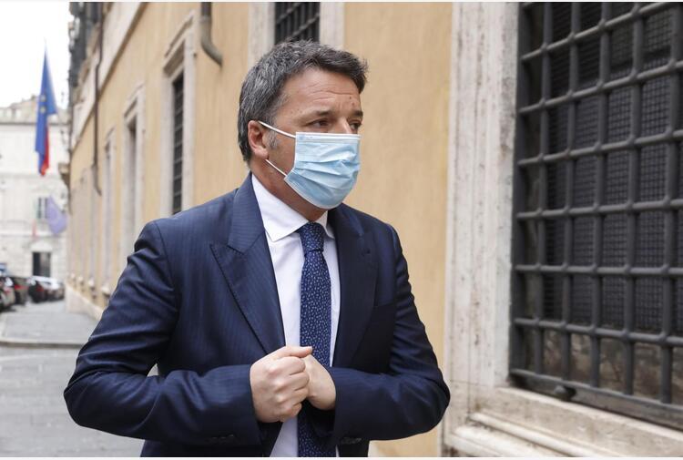 Berlusconi, Renzi: 'Perizia psichiatrica è persecuzione'