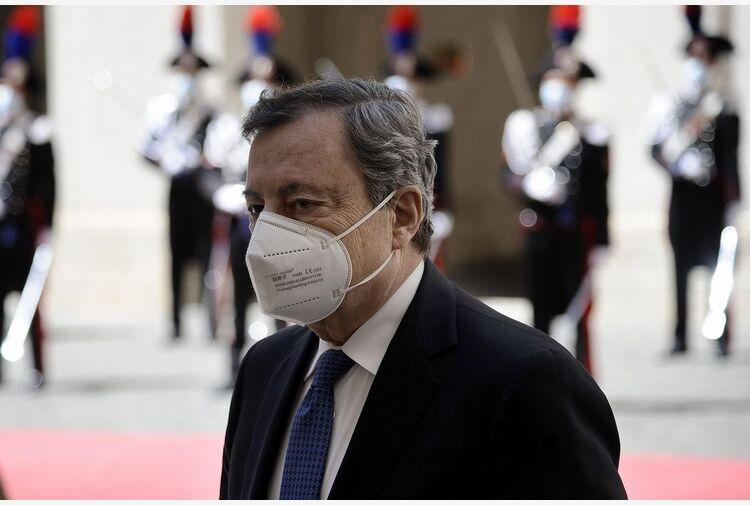 Draghi al debutto in Confindustria, poi probabile Cdm per bollette