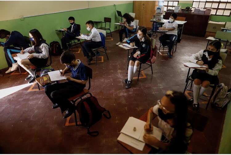 Scuola: 35 crolli nell'ultimo anno, 4 i feriti