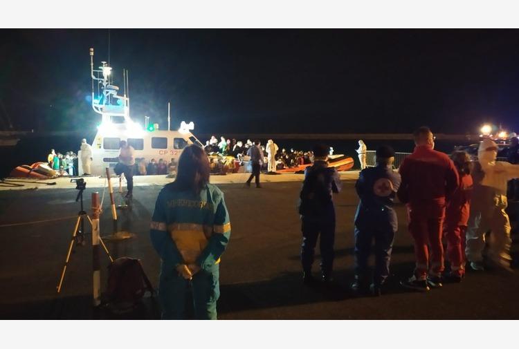 Migranti: 121 sbarcati a Pozzallo