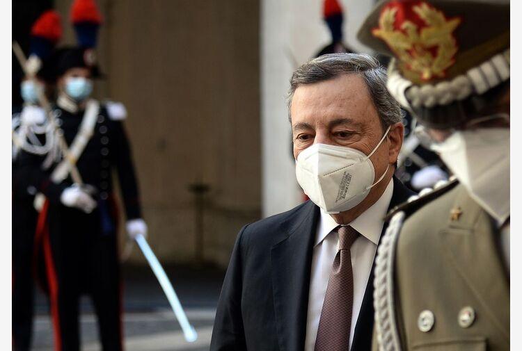 Bollette, P. Chigi: aumenti energia azzerati per 3 mln di persone