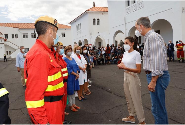 Eruzione Canarie: re, dobbiamo aiutare la gente di La Palma