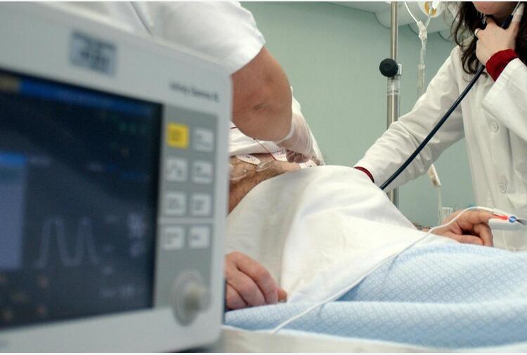 Covid: 'rallenta cura malattie infettive e progressi in lotta a virus', l'allarme