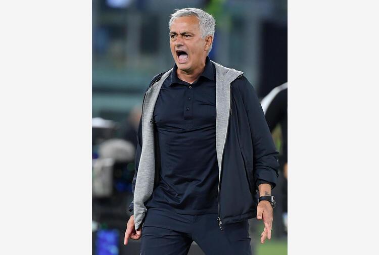 Mourinho, faremo di tutto per far giocare Pellegrini