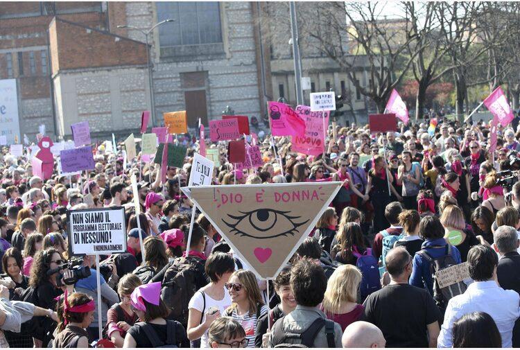 Manifestazione a Roma il 25 settembre: «Non c'è più tempo», dicono le donne. Ascoltiamole