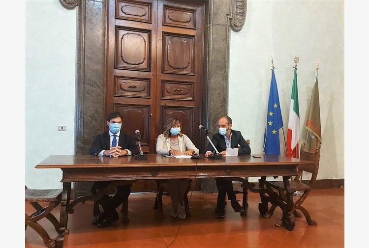 Strategie comuni tra Marche e Umbria: Acquaroli incontra Tesei