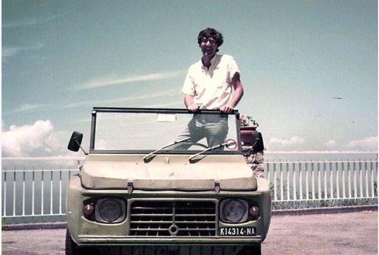 Trentasei anni fa la camorra assassinava Giancarlo Siani, il ricordo del giornalista-giornalista