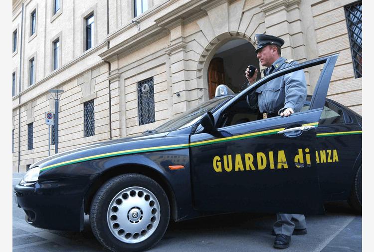 Camorra, confiscati 17 milioni di beni tra Campania e Lazio al clan Mallardo