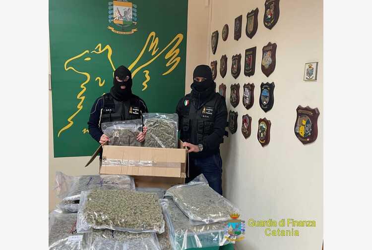 Droga: catturato in Spagna latitante ricercato da Pm Catania