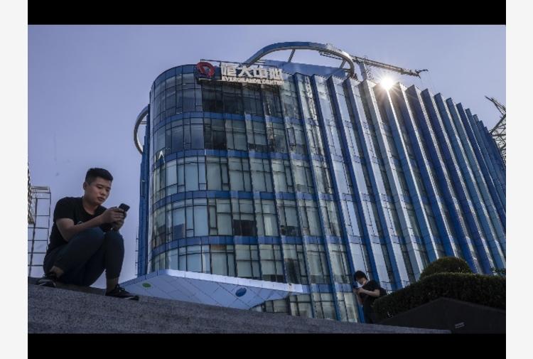 Borsa: Shanghai apre a -0,12%, Shenzhen a -0,19%