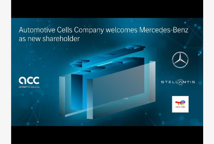 Stellantis: Mercedes partner di Acc per batterie