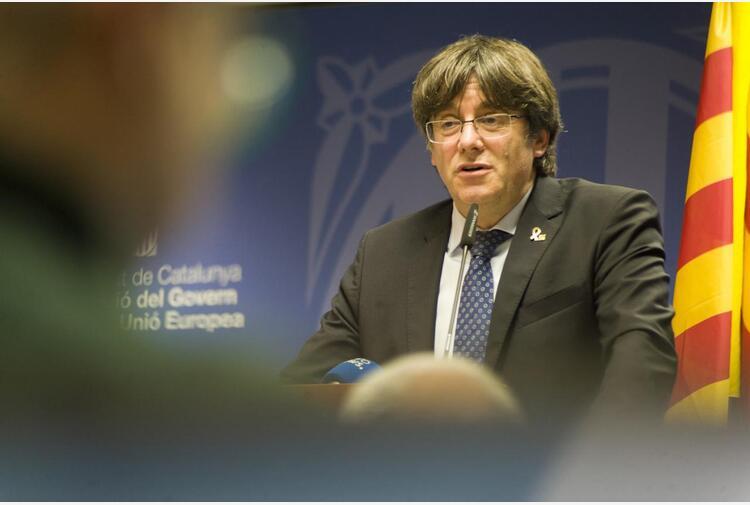 Ex presidente catalano Puigdemont arrestato in Sardegna
