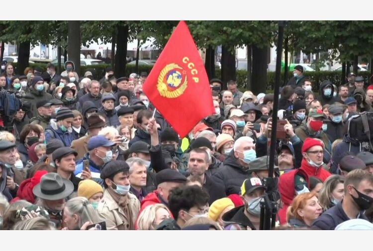 Russia, manifestazione a Mosca contro 'colossale frode elettorale'
