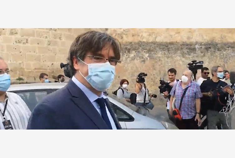Bagno di folla ad Alghero per Puigdemont 'Qui sono come a casa'