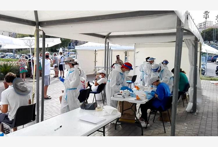 Covid, in Sicilia 424 nuovi casi e 13 decessi