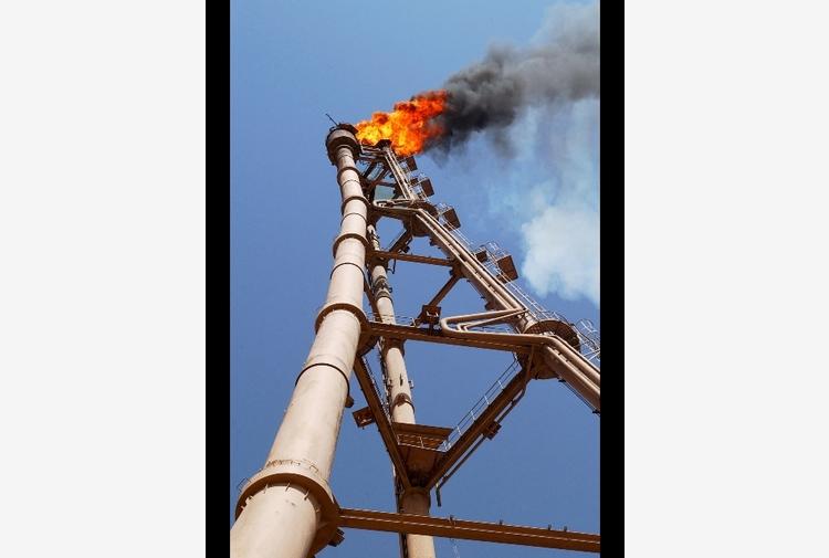Petrolio: chiude in rialzo a New York a 75,45 dollari