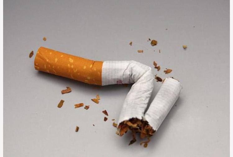 Fumo, esperti: 'Dispositivi alternativi riducono danno, aiutano chi vuole smettere'