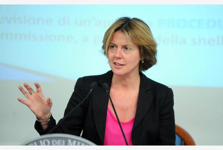 Beatrice Lorenzin: 'All'Ema mi dissero che testare farmaci anche sulle donne costa troppo'