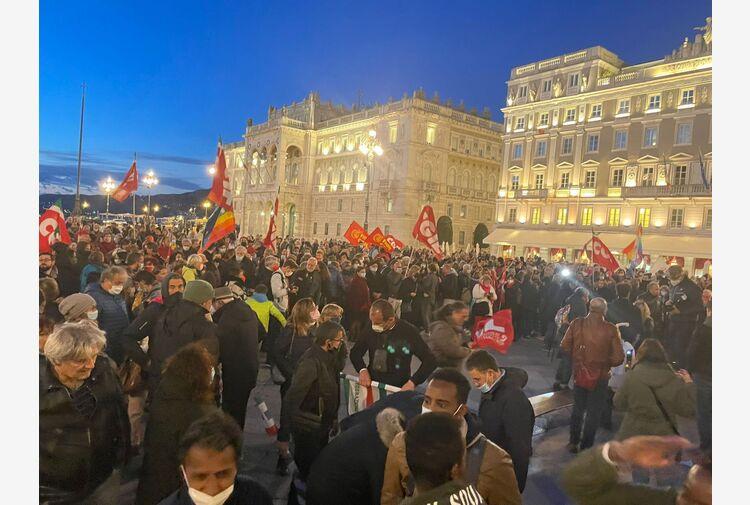 Sindacati in piazza a Trieste, 'Mai più fascismi'
