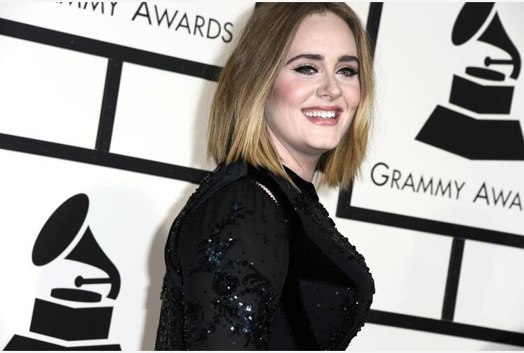 Musica: Adele, il 19 il nuovo album, si intitolerà '30'