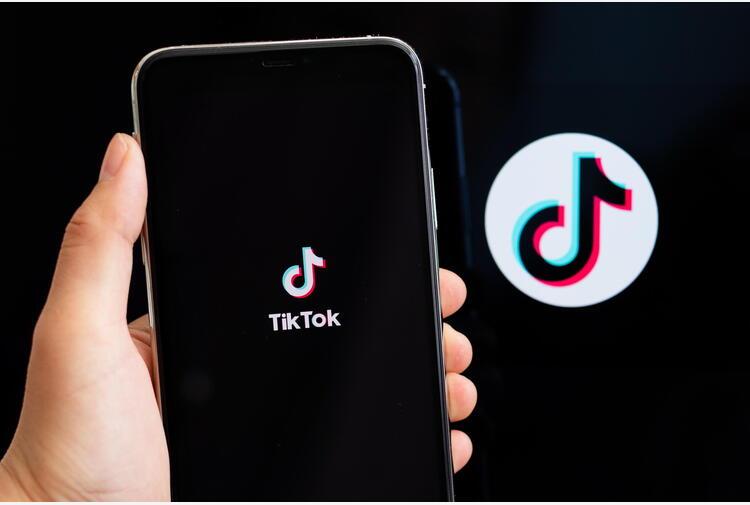 Tik Tok, rimossi 81 mln video per violazione politiche uso