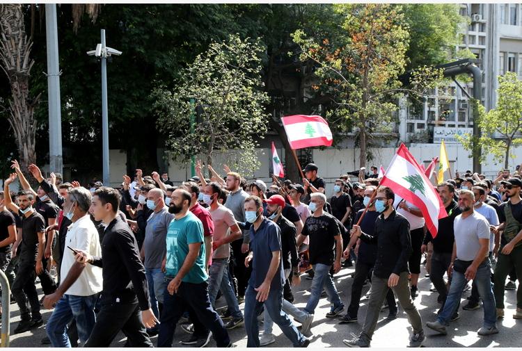 Libano: Croce Rossa, 6 morti e 30 feriti in scontri a Beirut